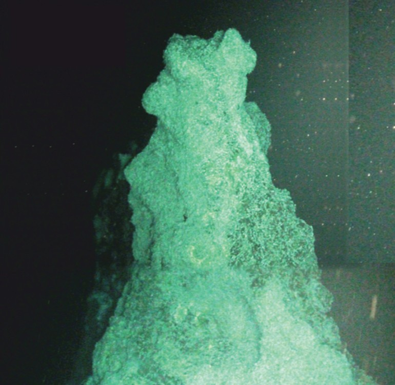 Oceanic Researchers Find Deep Hydrothermal Vents Made of Something Completely Different