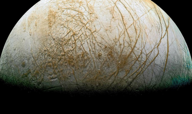 Heaving Ice on Europa May Create Enough Heat for an Ocean
